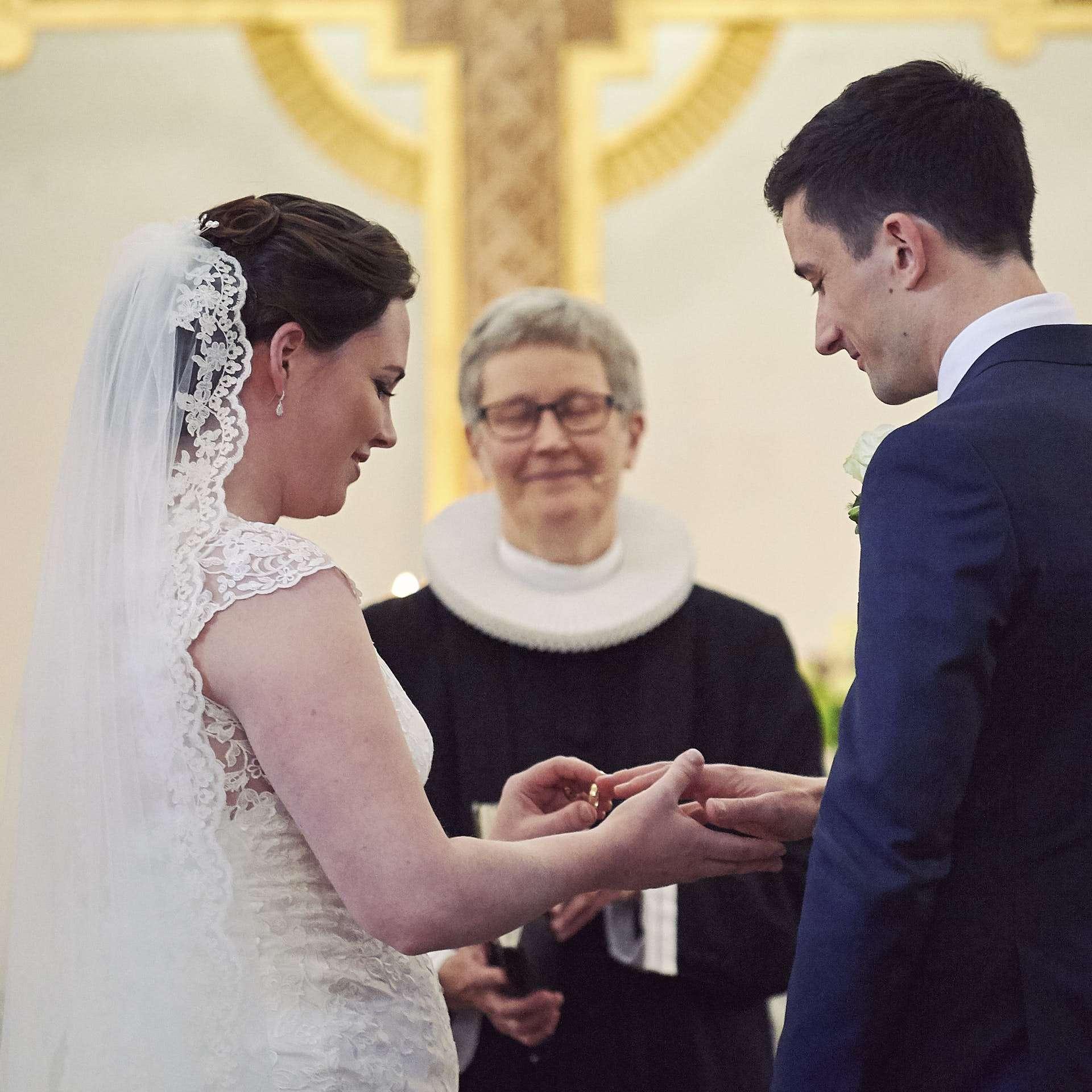 bryllupsfotograf aarhus vielse aabyhoej