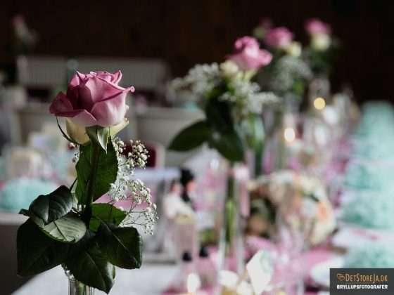 bryllup farverig borddækning blomst