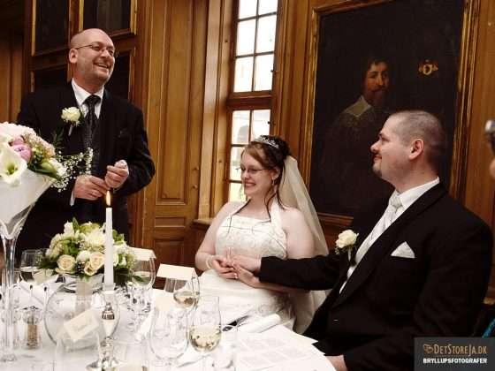 bryllup fotograf tale til brudeparrret ledreborg