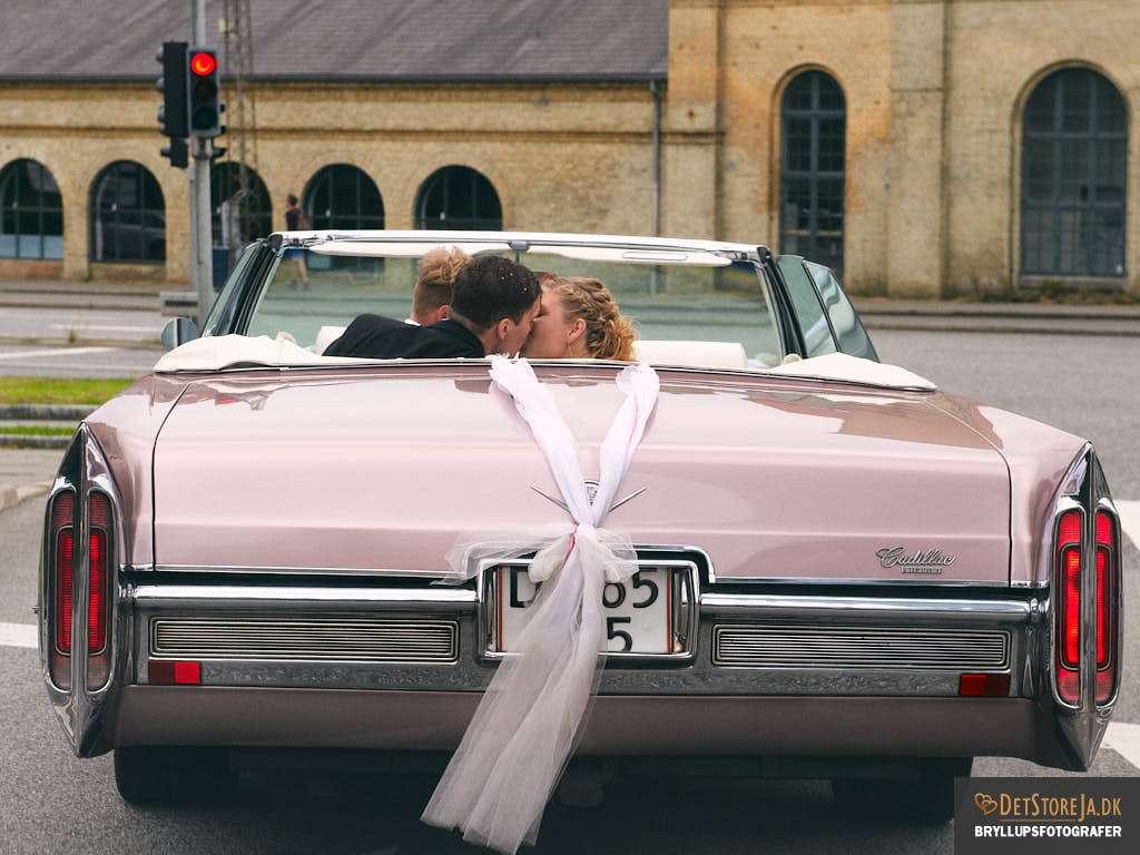 fotograf-til-bryllup aarhus pink cadillac