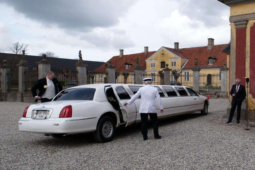 bryllupsfotograf sjælland fotograf til bryllup sjælland ledreborg limo