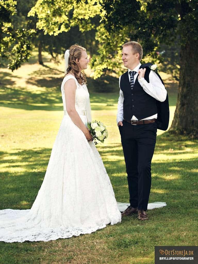 bryllupsfotograf-skanderborg skanderborghus park