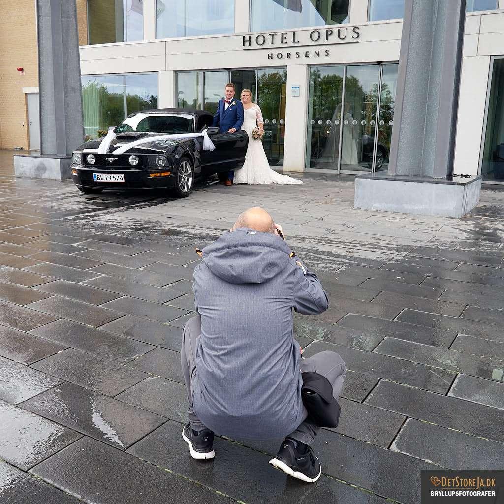 bryllupsfotograf horsens på arbejde