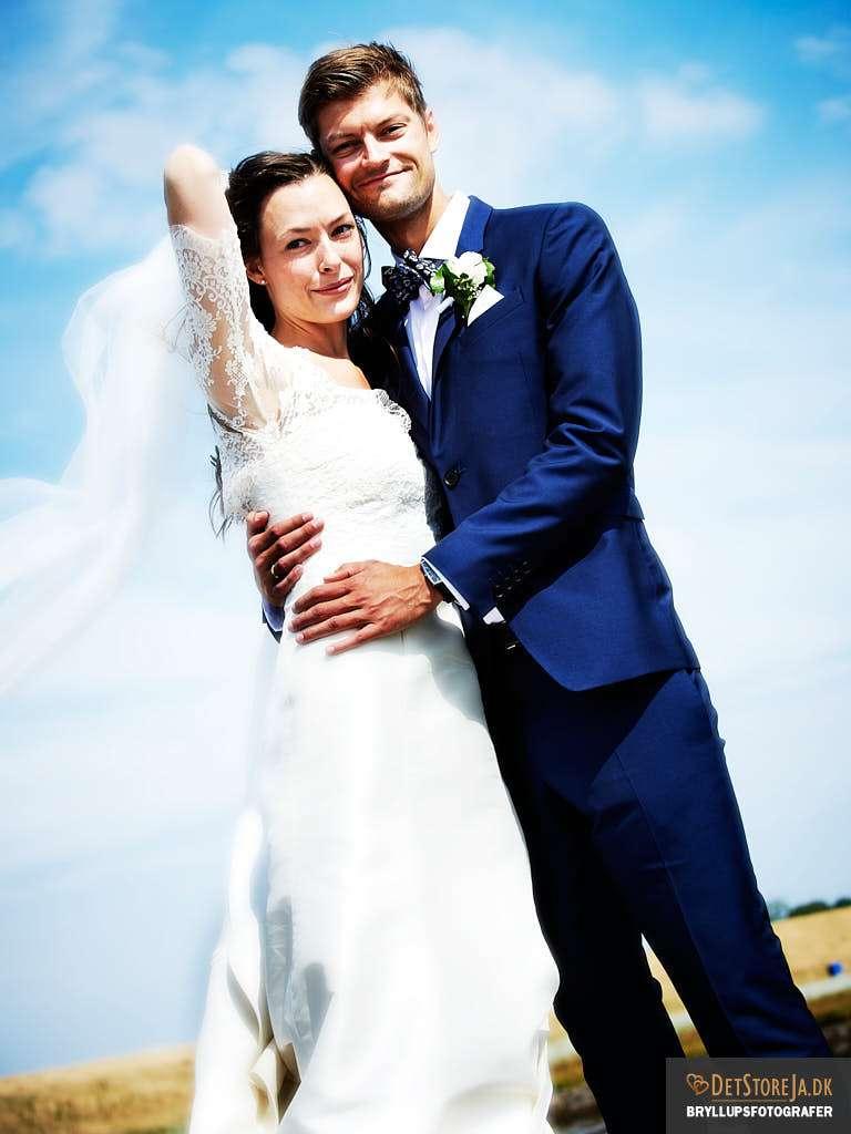 wedding photographer denmark couple on beach